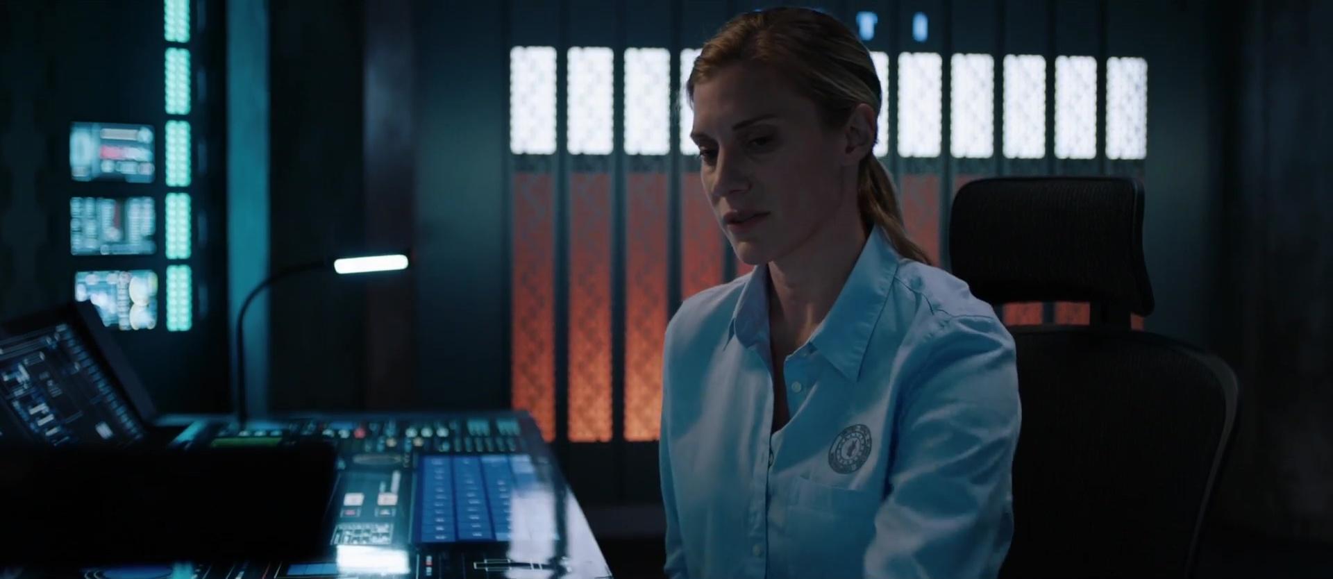 Film] 2036 Origin Unknown, de Hasraf Dulull (2018) - Dark